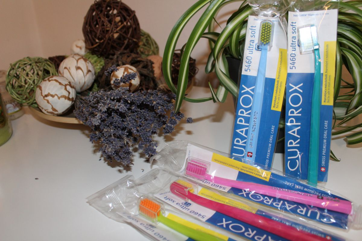 Zubní kartáček Curaprox Ultra Soft (5460)