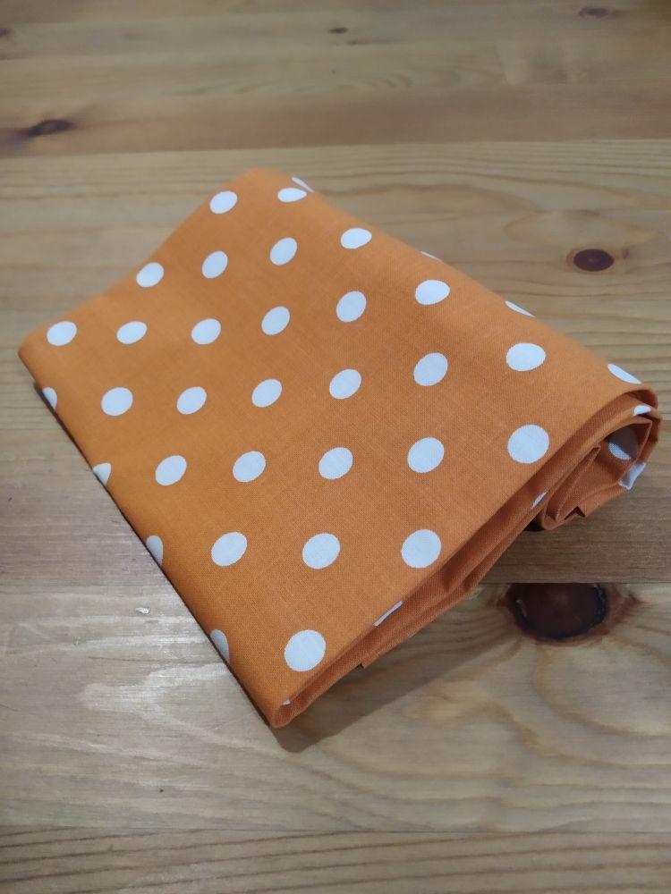 Šátek - puntíky okrový