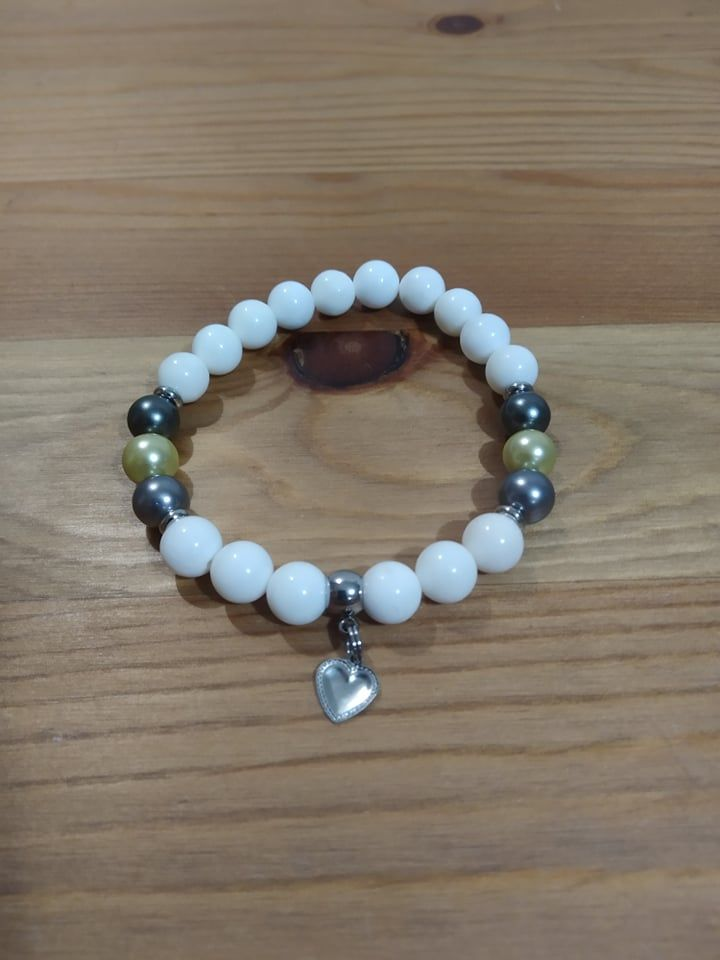 Náramek z minerálů - Přírodní perly z lastur