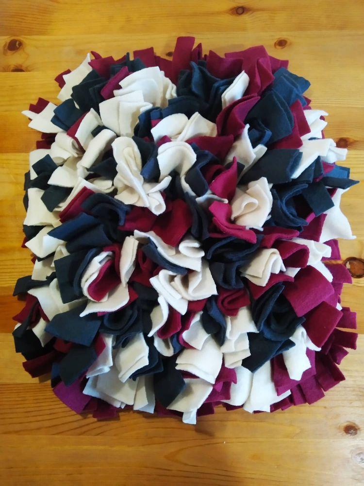 Čmuchací kobereček fialový