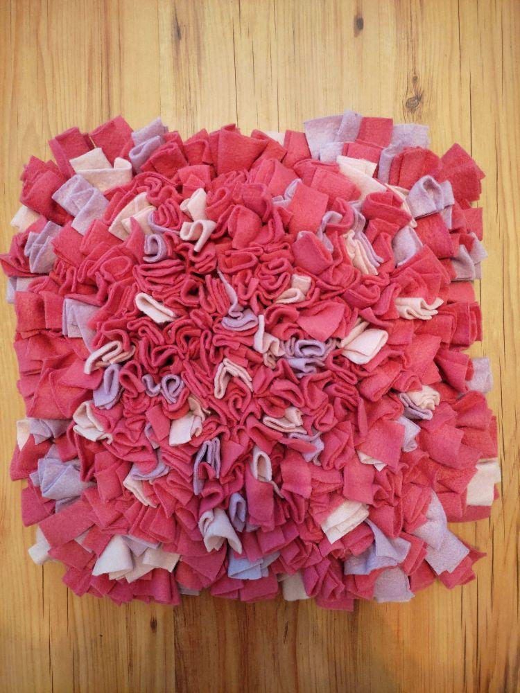 Čmuchací kobereček růžový