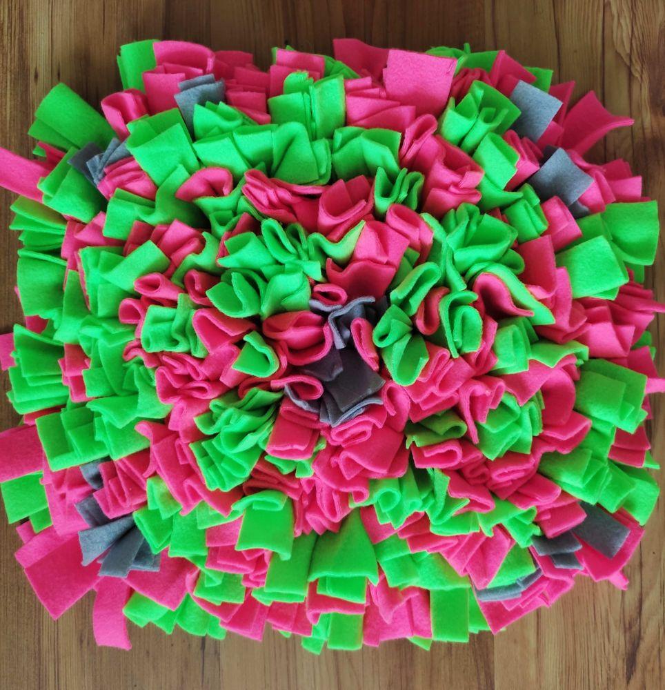 Čmuchací kobereček růžovo - zelený
