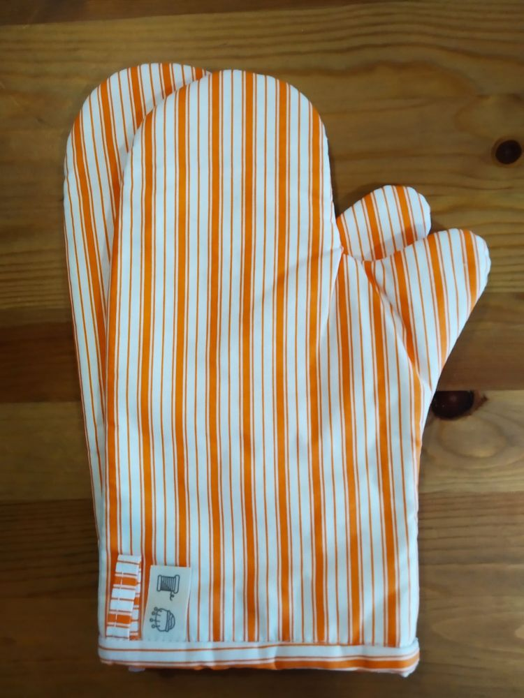 Chňapka - oranžové pruhy